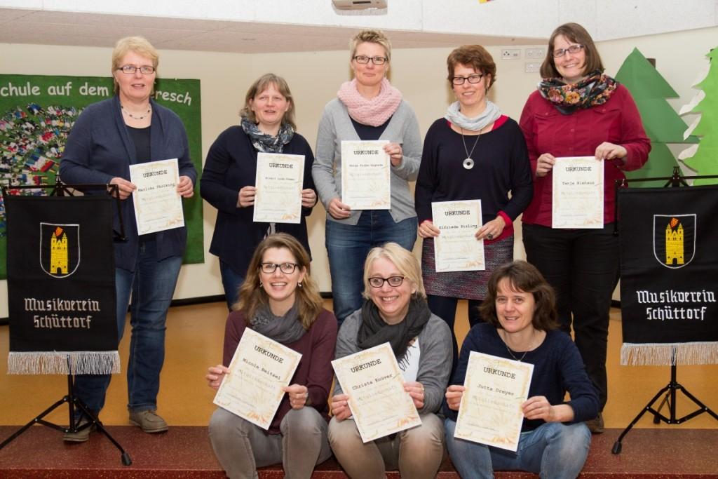OR v. l.: Marlies Thölking, Birgit Luda-Dömer, Helga Funke-Segreve, Elfriede Pirling, Tanja Niehaus UR v. l.: Nicole Beitzel, Christa Knüver, Jutta Dreyer